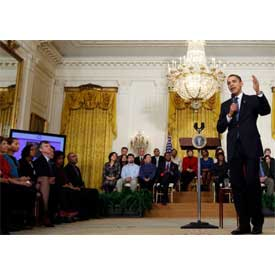 http://www.onantzin.com/images/news_stories/Barack_Obama_participates_in_online_town_hall_3-26-09.jpg