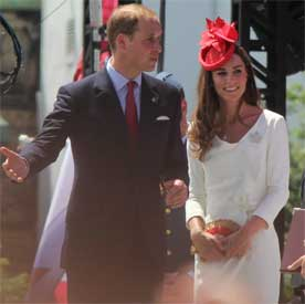 http://www.onantzin.com/images/news_stories/William_and_Kate_in_Ottawa_for_Canada_Day_2011.jpg