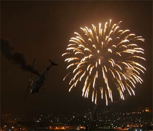 http://www.onantzin.com/images/news_stories/chopper_fireworks.jpg